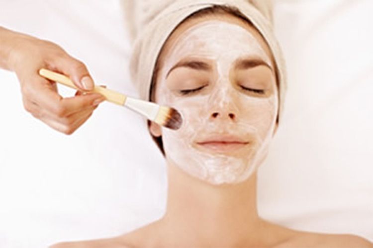 Save £80 on a course of Chemical Peels